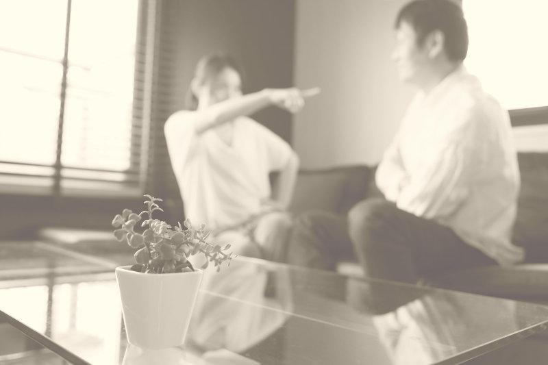 離婚した前妻との子供に相続させない方法|遺言の書き方と裏技